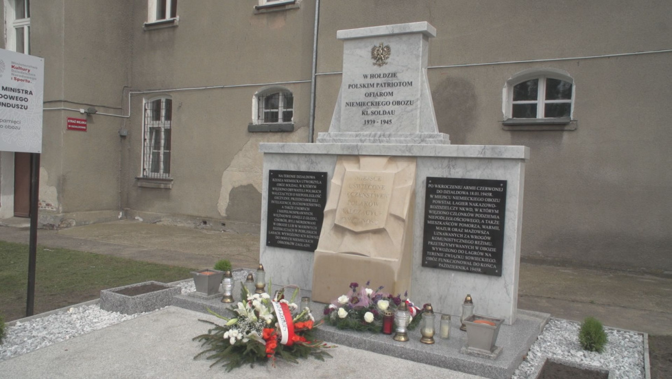 ODNOWIONY MONUMENT